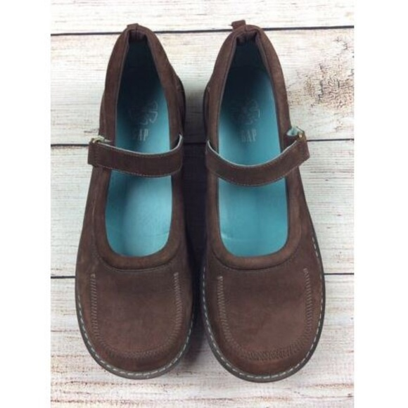 GAP Suede Leather Mary Janes Comfort Flats Size 5